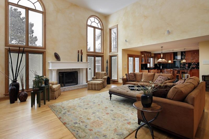 21 Living Rooms With Huge Picture Windows-21