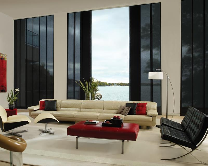 21 Living Rooms With Huge Picture Windows-5