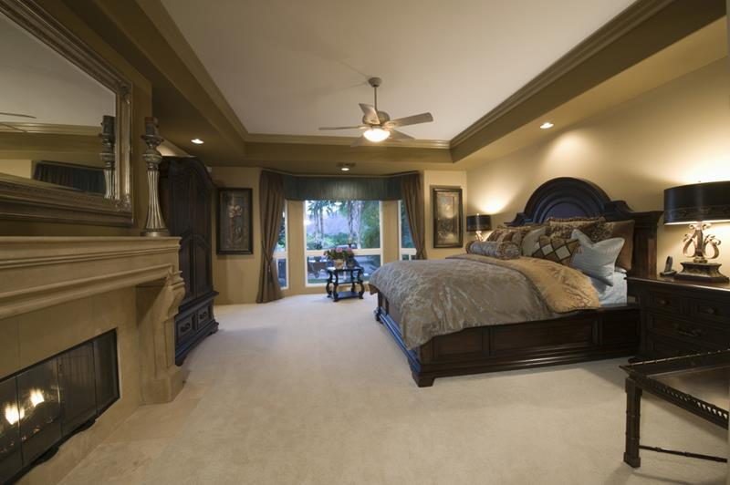 24 Stylish Master Bedrooms With Carpet-15