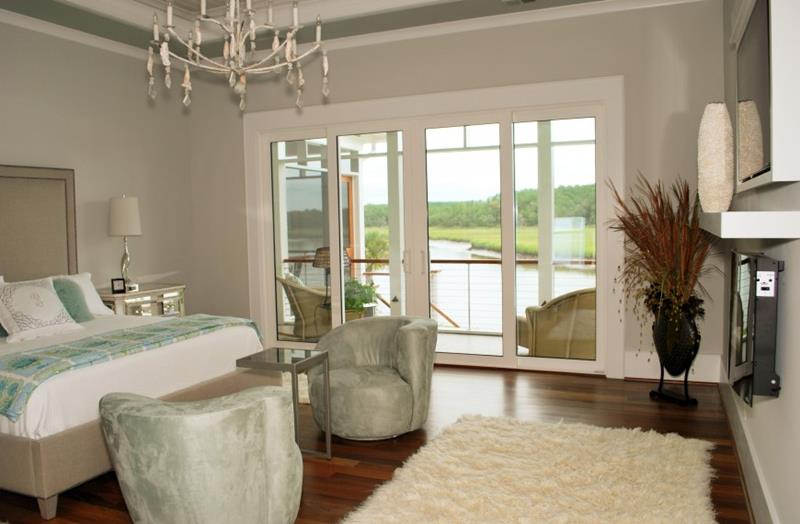 28 Master Bedrooms With Hardwood Floors-12