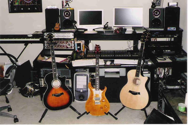18 Amazing Home Studio Setups Any Musician Would Love-9