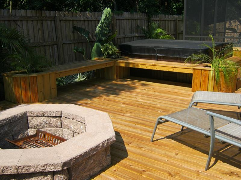 18 Deck Designs That Are Absolutely Stunning-11
