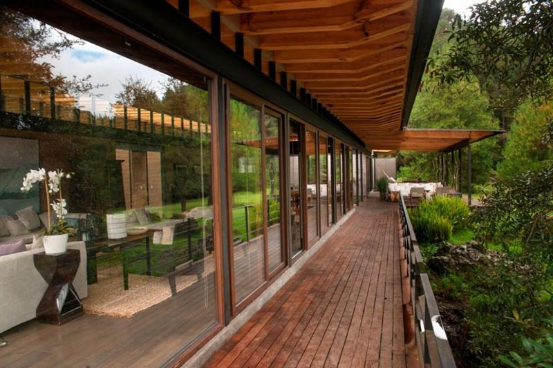 18 Deck Designs That Are Absolutely Stunning-9