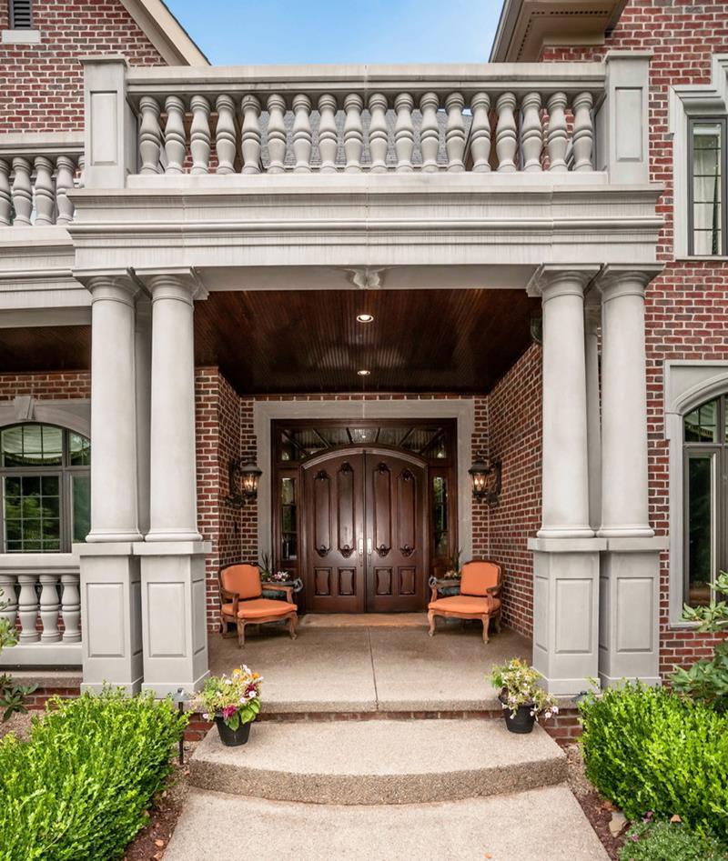 20 Stunning Front Door Designs-14