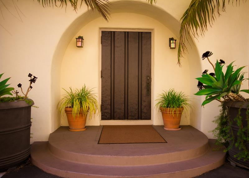 20 Stunning Front Door Designs-7