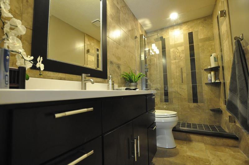 21 Simply Amazing Small Bathroom Designs-10