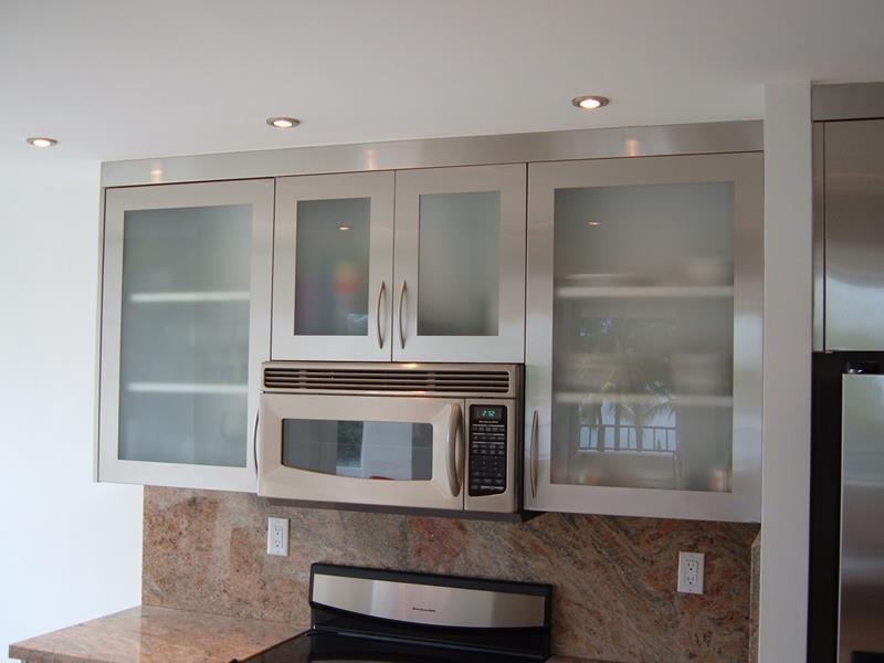 21 Sleek and Modern Metal Kitchen Designs-15
