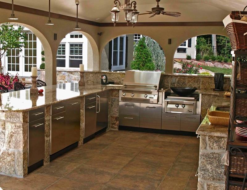 25 Outdoor Kitchen Designs That Will Light Up Your Grill-11
