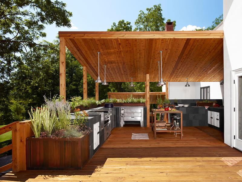 25 Outdoor Kitchen Designs That Will Light Up Your Grill-18