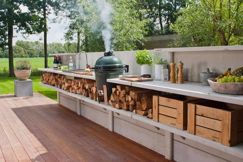 25 Outdoor Kitchen Designs That Will Light Up Your Grill-9