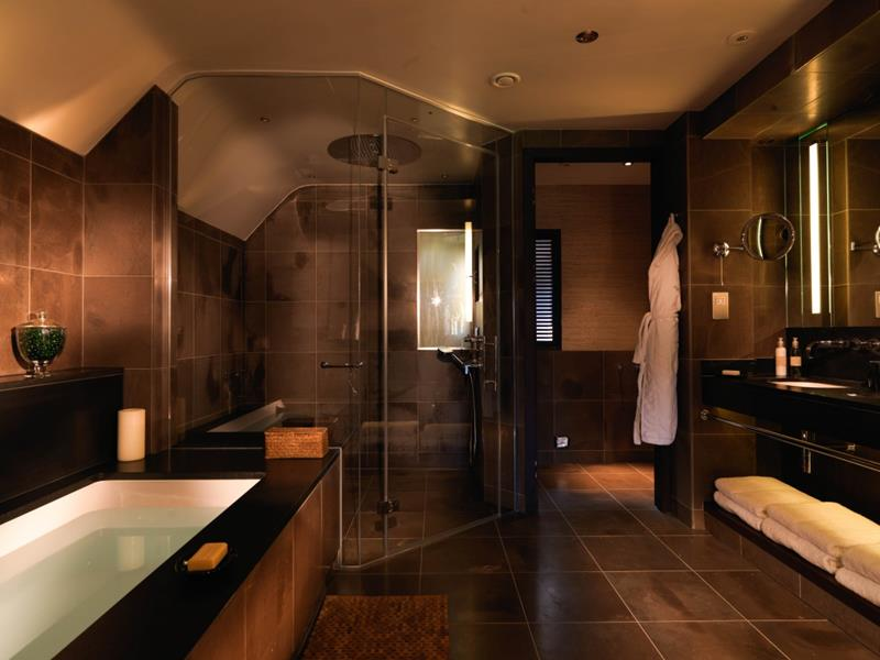 22 Masculine Bathroom Designs-21