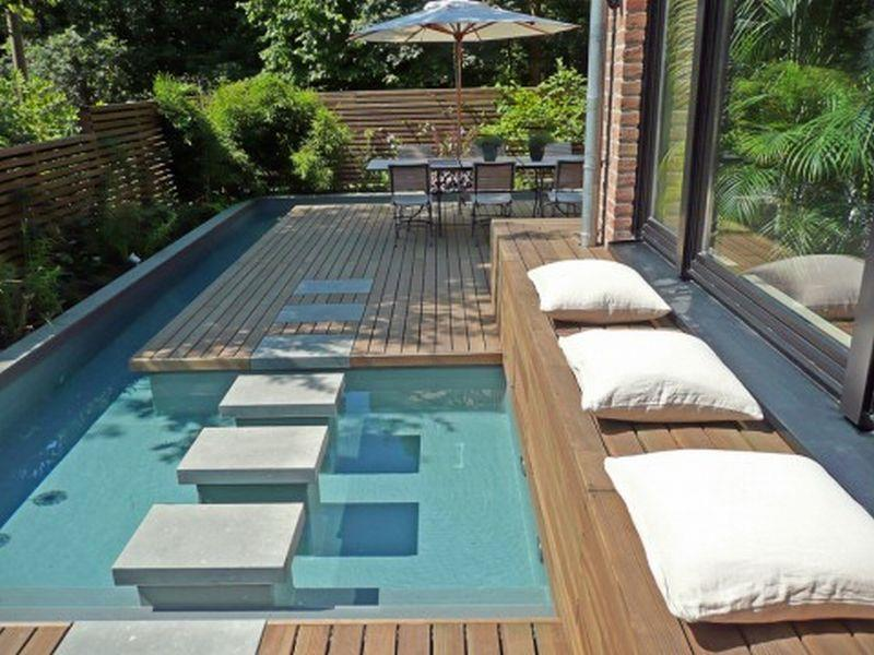 23 Visually Interesting In Ground Pool Designs-17