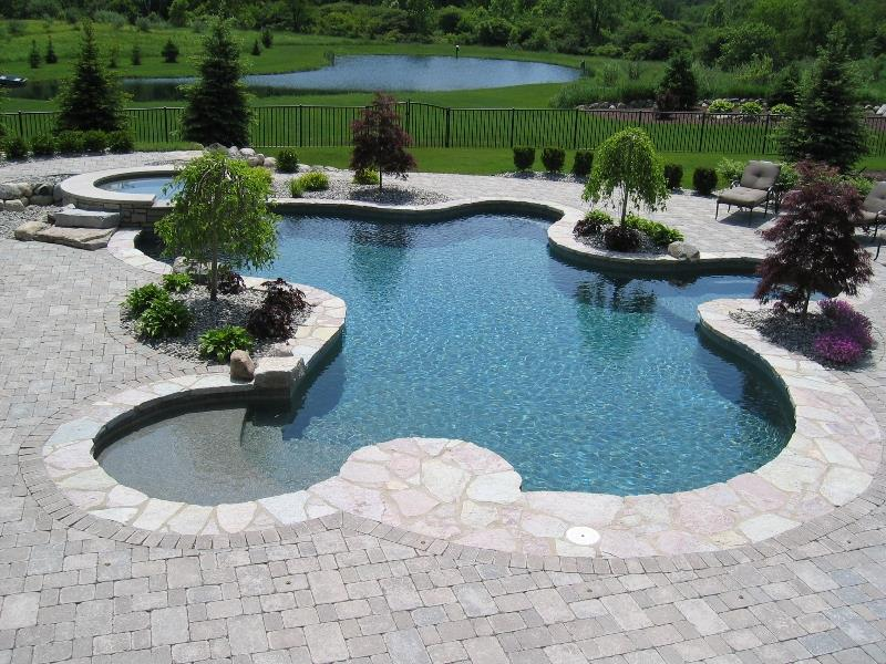 23 Visually Interesting In Ground Pool Designs-3