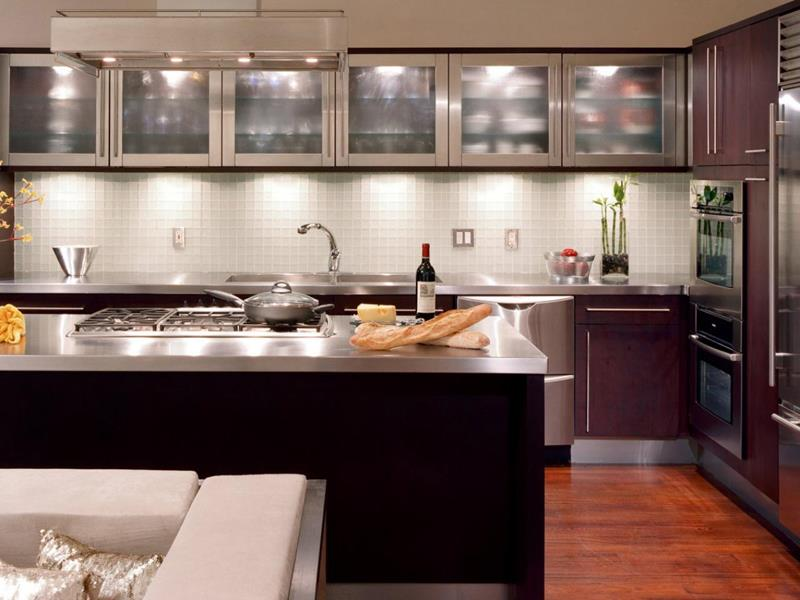 24 Pictures of Kitchens with Glass Cabinets-8