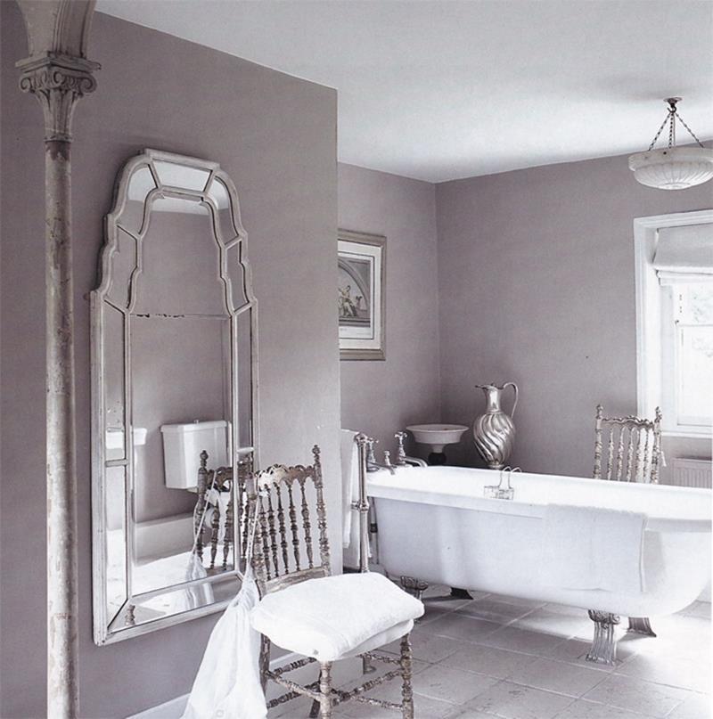 25 Serene and Feminine Bathroom Designs-9
