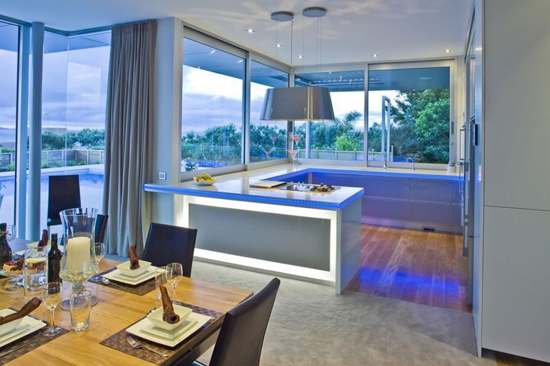 26 Eye Catching Blue Kitchen Designs-24