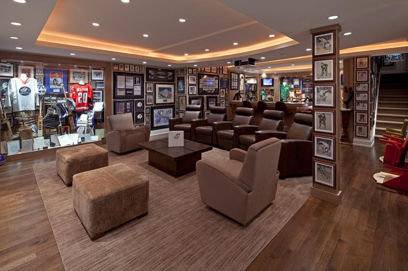 27 Awesome Man Caves Before Football Season-23