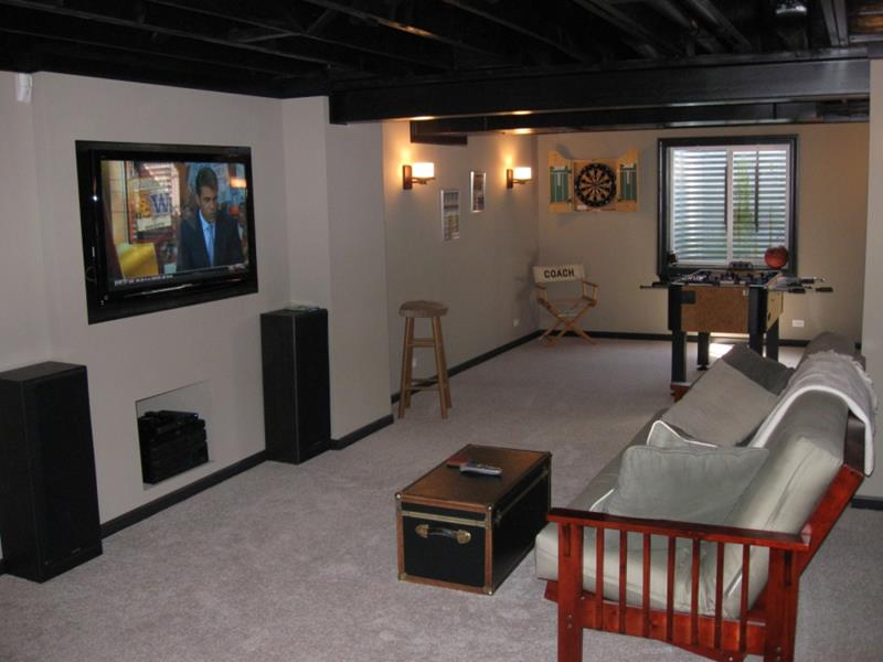 27 Awesome Man Caves Before Football Season-27