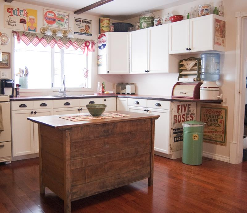 27 Retro Kitchen Designs That Are Back to the Future-12