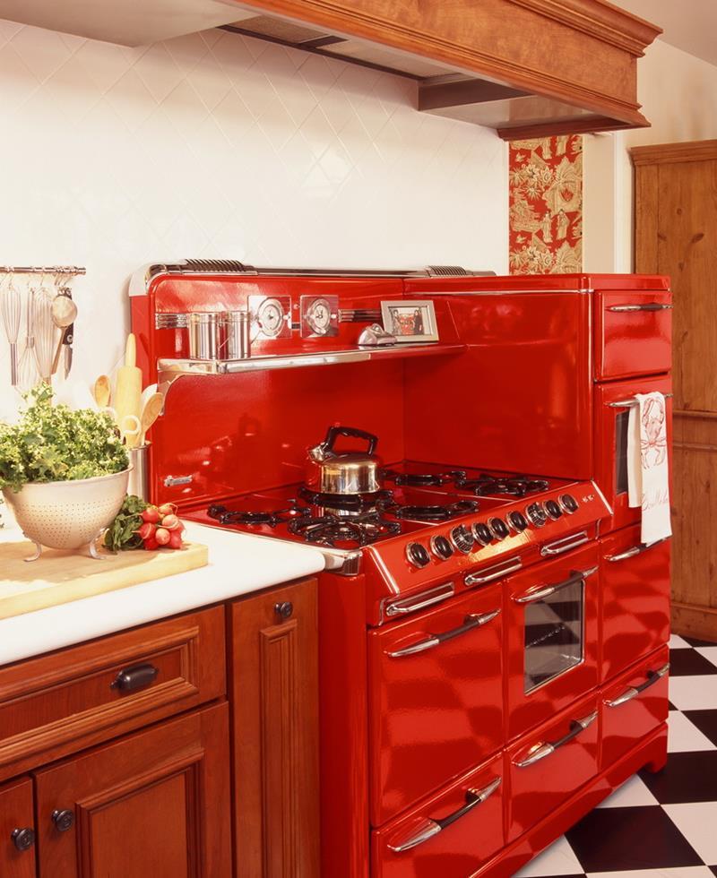 27 Retro Kitchen Designs That Are Back to the Future-16