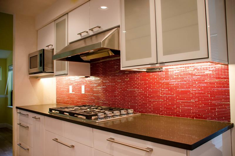 27 Totally Awesome Red Kitchen Designs-26