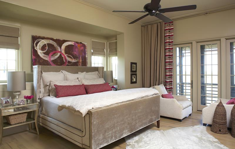 31 Pretty in Pink Bedroom Designs-27