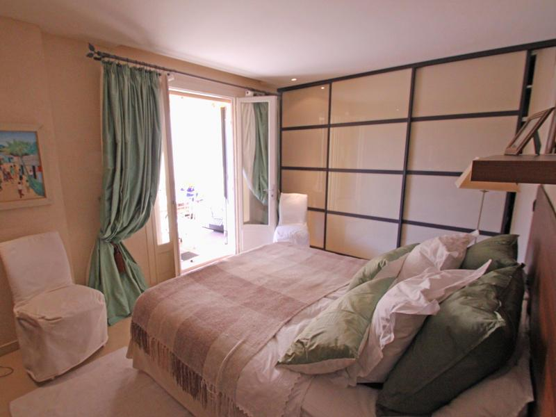 31 Pretty in Pink Bedroom Designs-29