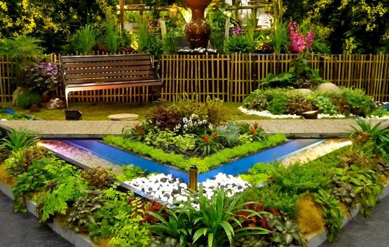 18 Inspirational and Beautiful Backyard Gardens-13