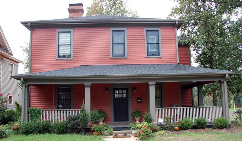 20 Awesome and Colorful Home Exteriors-10