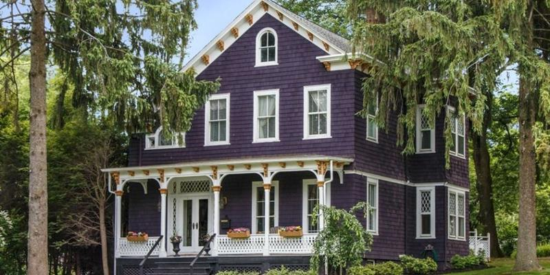 20 Awesome and Colorful Home Exteriors-13