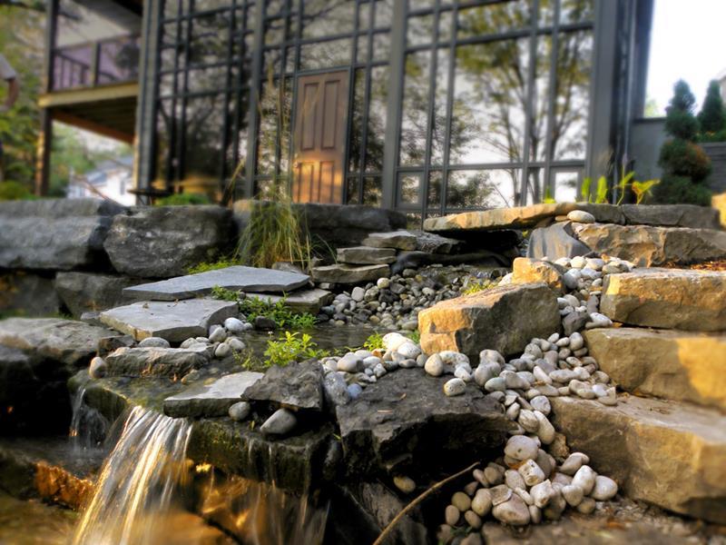 20 Backyards With Stunning Waterfalls-10