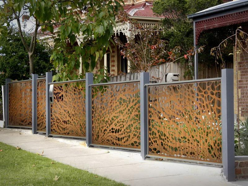 21 Totally Cool Home Fence Design Ideas-5