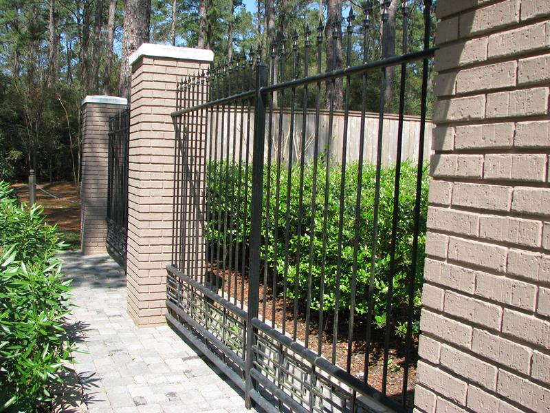 21 Totally Cool Home Fence Design Ideas-7