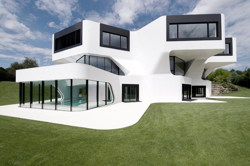 22 Pristine White Home Exteriors-11