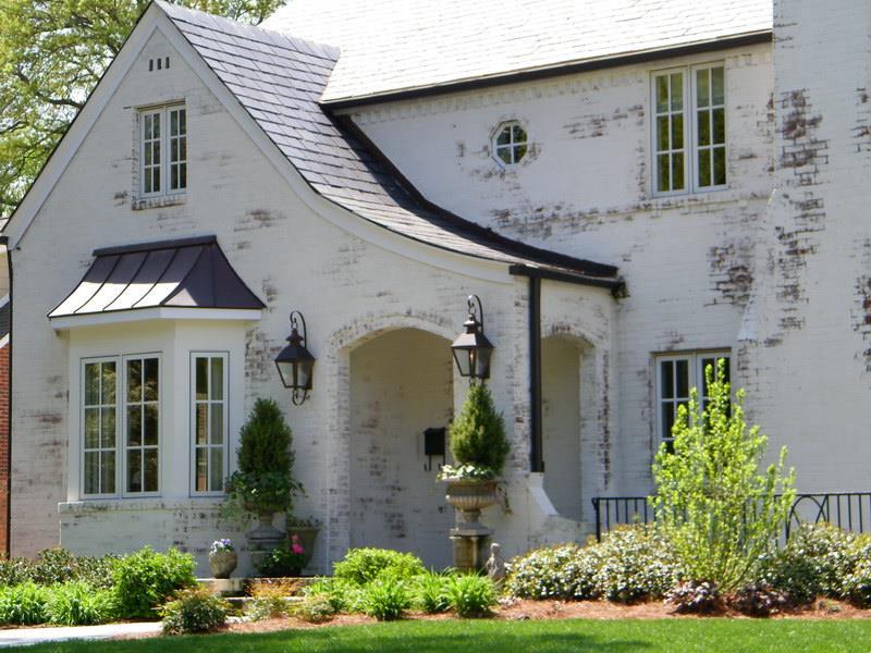 22 Pristine White Home Exteriors-15