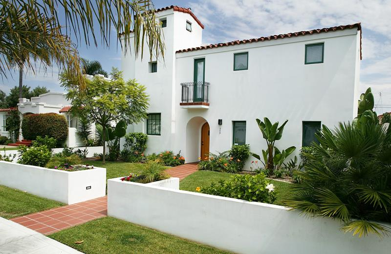 22 Pristine White Home Exteriors-3