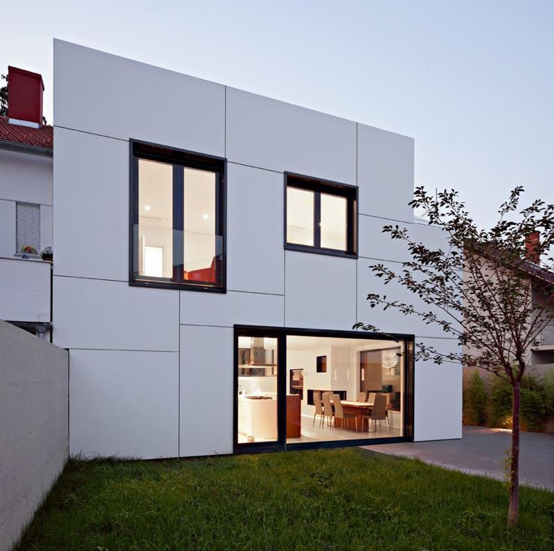22 Pristine White Home Exteriors-9