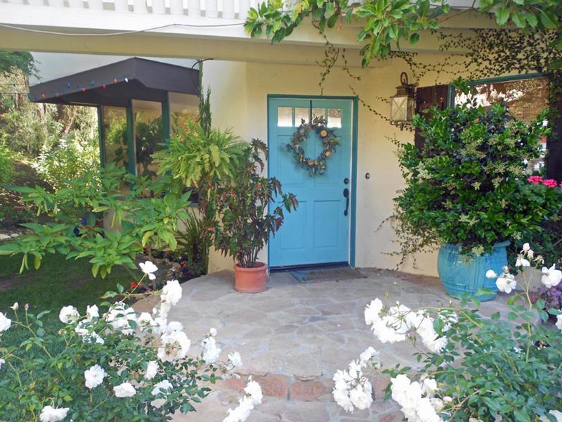 23 Amazing Home Entrance Designs-13