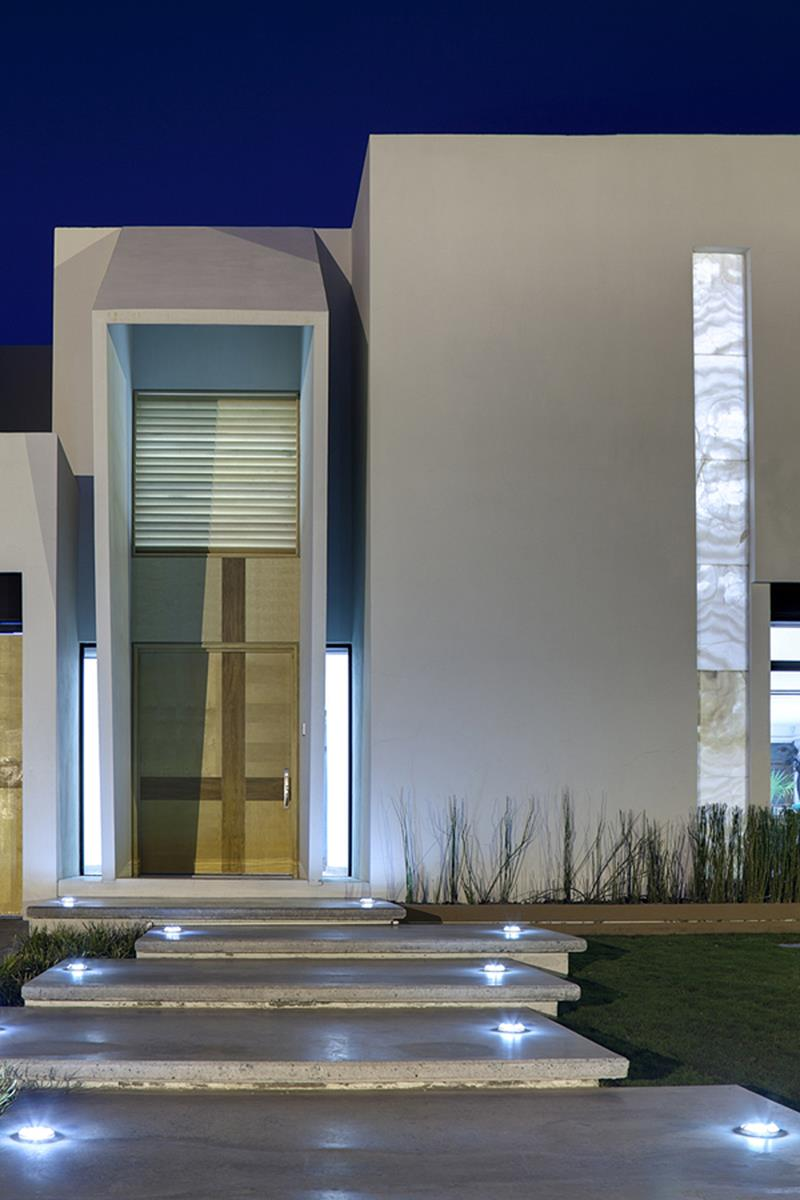 23 Amazing Home Entrance Designs-16