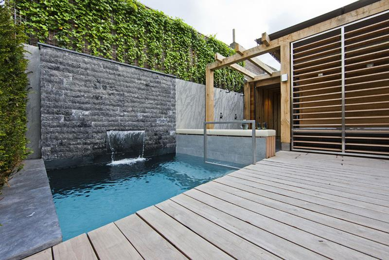 23 Amazing Small Swimming Pool Designs-11