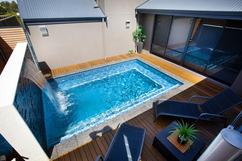 23 Amazing Small Swimming Pool Designs-7