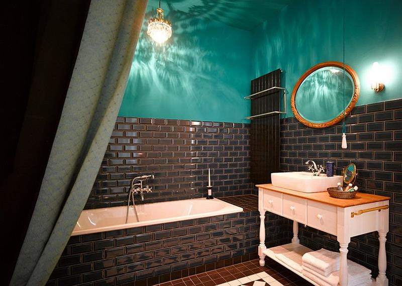 23 Charming and Colorful Bathroom Designs-5