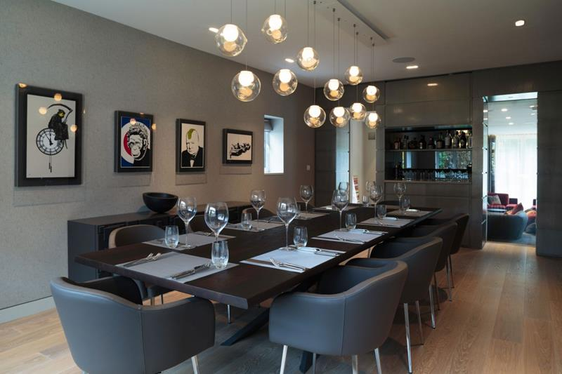 23 Designs for Epically Large Dining Rooms-19