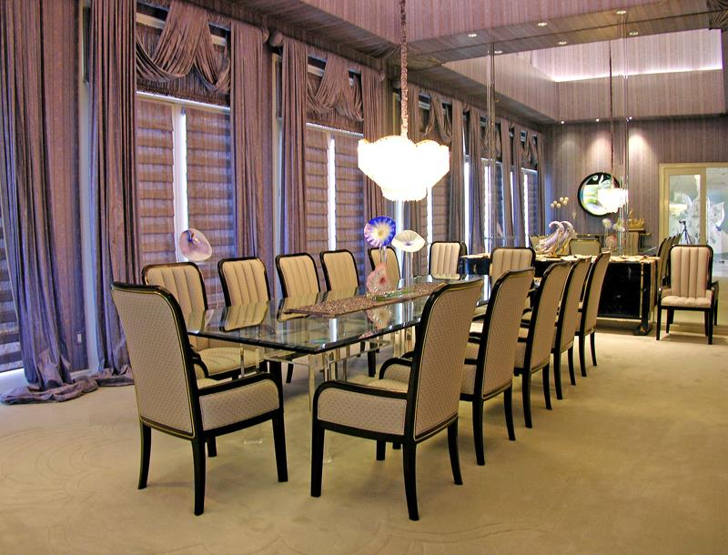23 Designs for Epically Large Dining Rooms-2