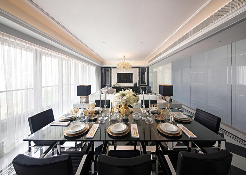 Dining Room in Black Color Scheme with Elegant Modern Space Designs