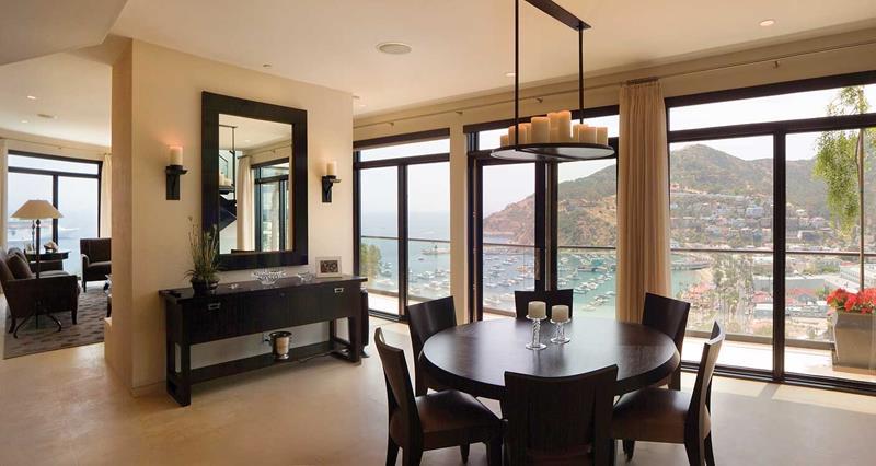 23 Sleek Contemporary Dining Room Designs-7
