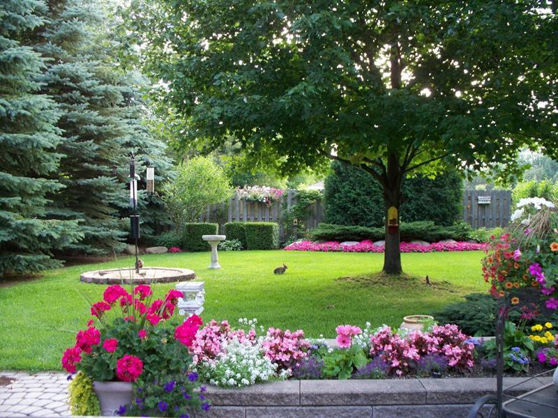 24 Beautiful Backyard Landscape Design Ideas - Page 5 of 5 on Landscape Your Backyard id=27055