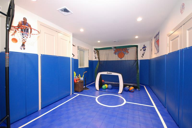 24 Child Friendly Finished Basement Designs-12