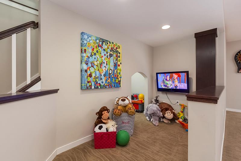 24 Child Friendly Finished Basement Designs-16