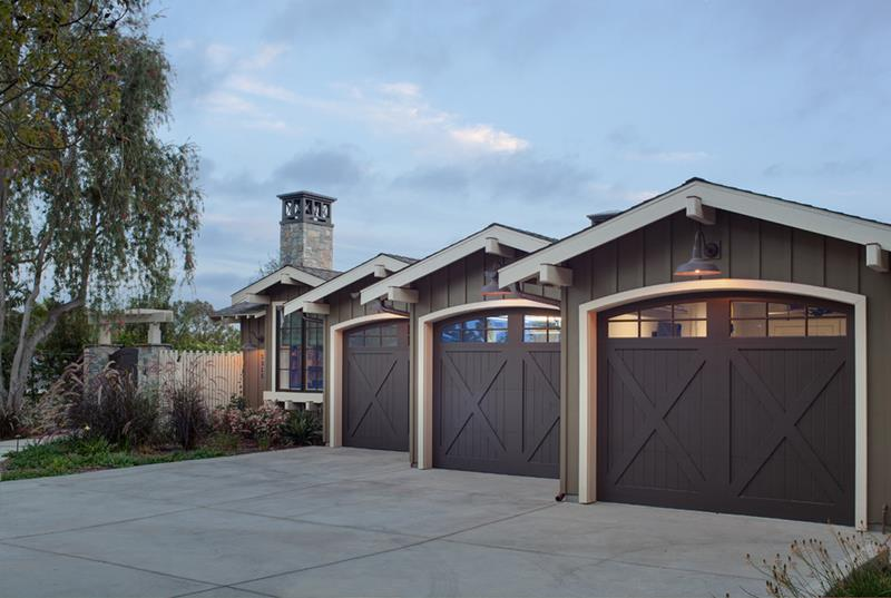 25 Awesome Garage Door Design Ideas-18